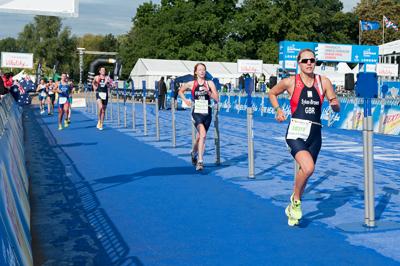 Anna-Running1-(400)